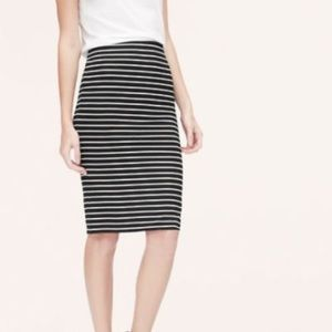 J. Crew black+white striped linen pencil skirt Sz4